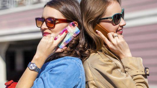 Dipendenza da smartphone: in crescita fra gli italiani