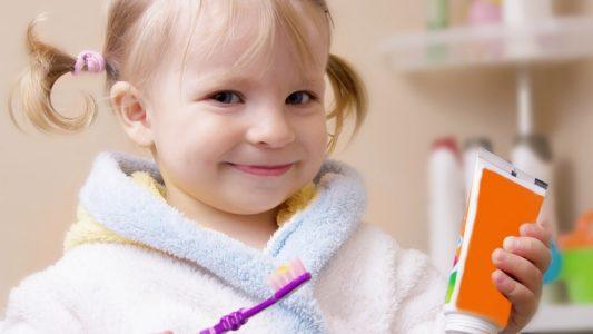 Sigillanti dentali contro la carie dei bambini