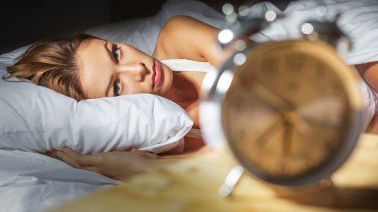Disturbi del sonno e alimentazione: confermato legame