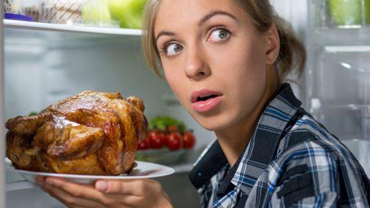 Insonnia e sovrappeso: l'una tira l'altro