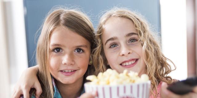 Pubblicità di cibo in tv? E i bambini mangiano più snack