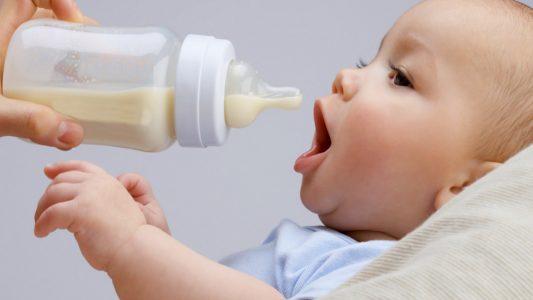 Latte d'asina per i bimbi allergici a quello di mucca