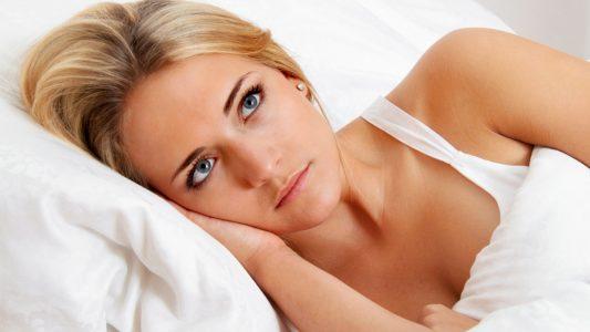 Disturbi del sonno: perché le donne ne soffrono di più degli uomini?