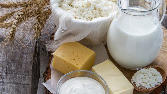 Dieta sana: riabilitati formaggio, panna e burro