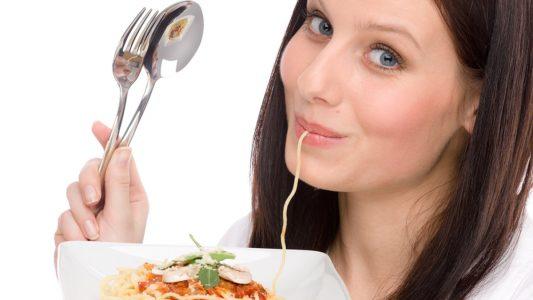 Per dimagrire meglio meno carboidrati che pochi grassi