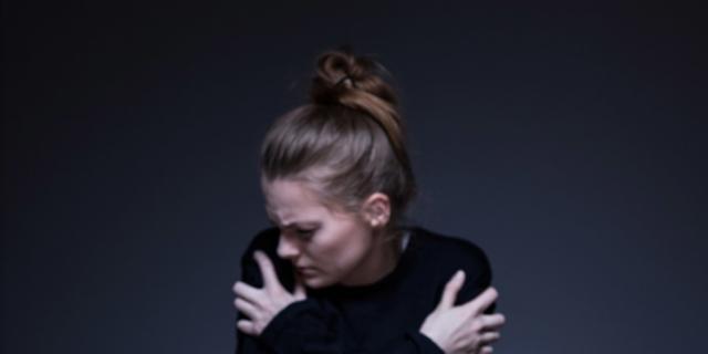 Anoressia e bulimia: fiocco lilla contro i disturbi alimentari