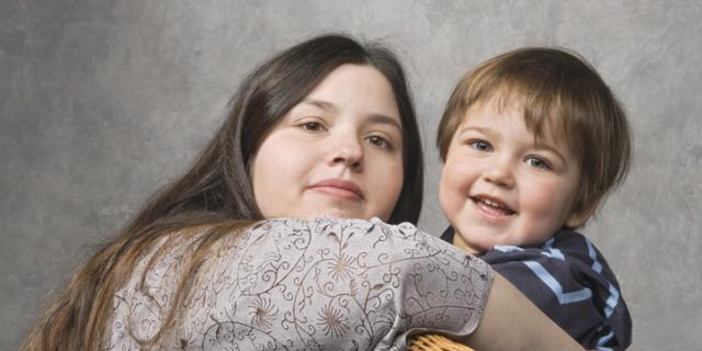 Bambini in sovrappeso se mamma e papà li vedono grassi da piccoli