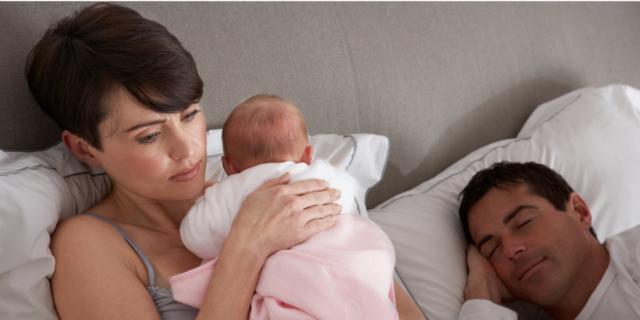 Nascita del bebè: meno sonno per la mamma