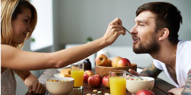 Fertilità maschile: migliora con una dieta sana