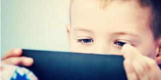 Sindrome dell'occhio secco, sotto accusa smartphone e tablet