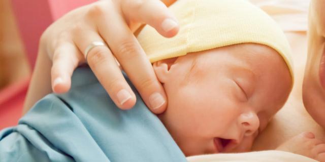 Parto prematuro: il progesterone riduce il rischio