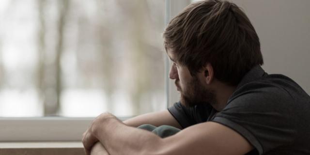 Depressione: colpito un uomo su quattro