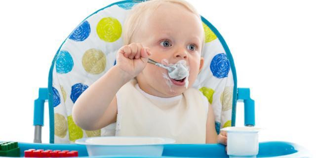 Alimentazione dei bambini: sì ai latticini dai 6 mesi