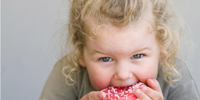 Obesità infantile: 6 regole per contrastarla