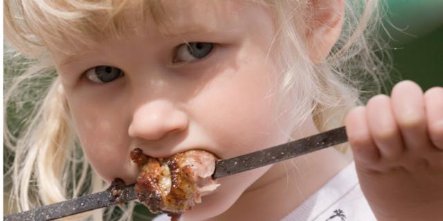 Proteine: nella prima infanzia con moderazione