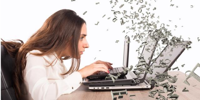 Dipendenza da internet: ecco i sintomi dell'astinenza