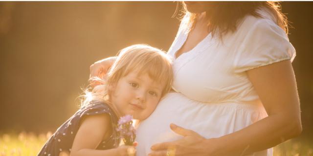 Malattia bocca, mani, piedi si può trasmettere al feto?