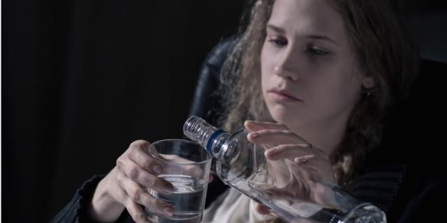 Abuso di alcol: danni al cervello degli adolescenti