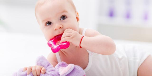 Bisfenolo A: la Ue lancia l'allarme per biberon e giocattoli di plastica
