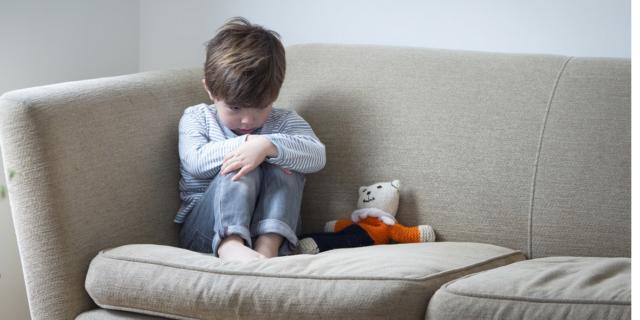 Maltrattamenti da piccoli triplicano il rischio di disturbi mentali