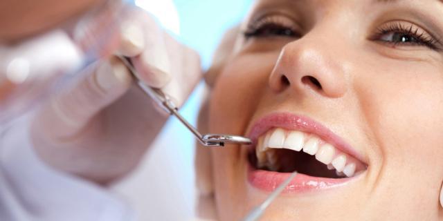Curare i denti costa troppo: molti rinunciano