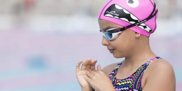 Nuoto bimbi: scegli così il costume giusto