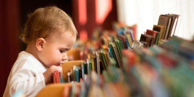 Bimbi bilingue già a 20 mesi? È possibile