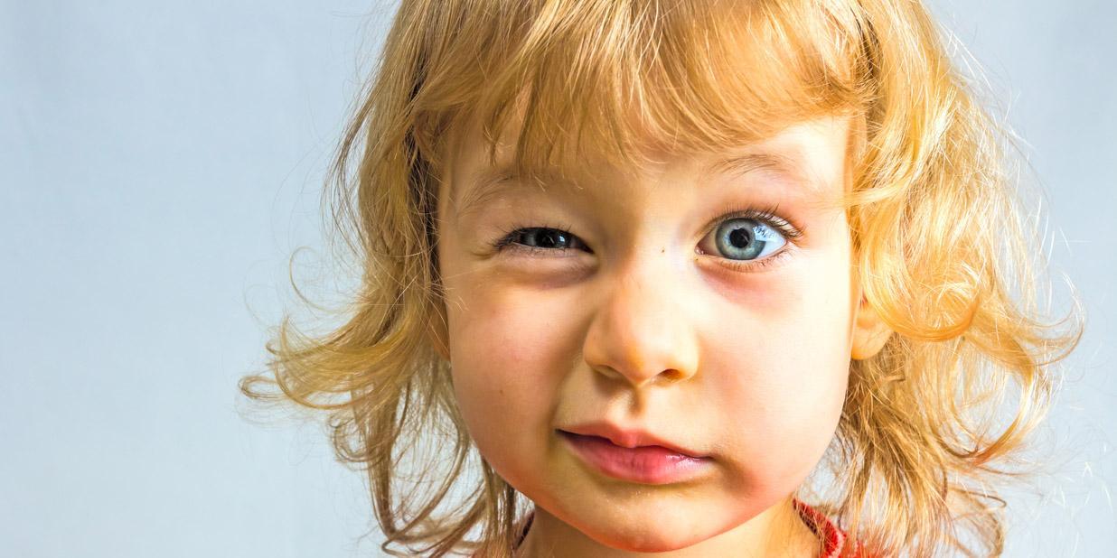 Risultati immagini per tic bambino