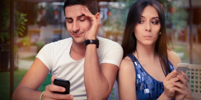 Tradimento 2.0: anche l'infedeltà corre in Rete