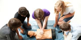 Primo soccorso a scuola: molti ragazzi impreparati di fronte alle emergenze