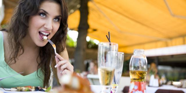 Chi mangia piano … vive sano