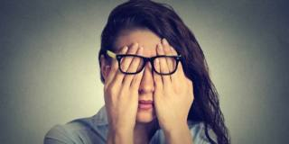 Donne a rischio burnout: l'età critica è 30 anni