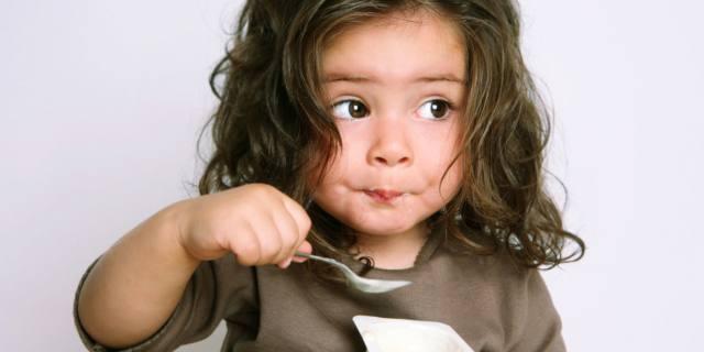 Uno yogurt al giorno per un'alimentazione dei bambini più sana