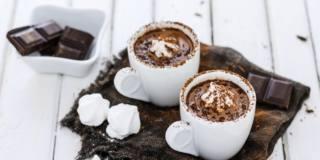 Cibi amici del fegato: non solo yogurt, anche tè e perfino cioccolato e caffè