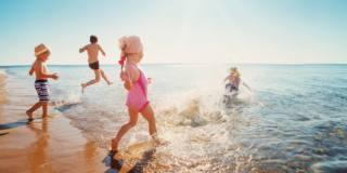 Bambini al mare: attenzione a meduse, ricci e pesci ragno
