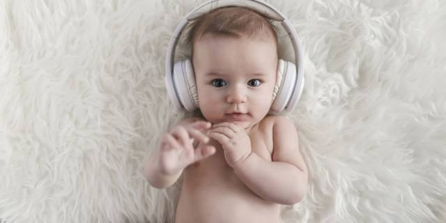 Vocalizzi dei bambini: i bebè li imitano per imparare a parlare