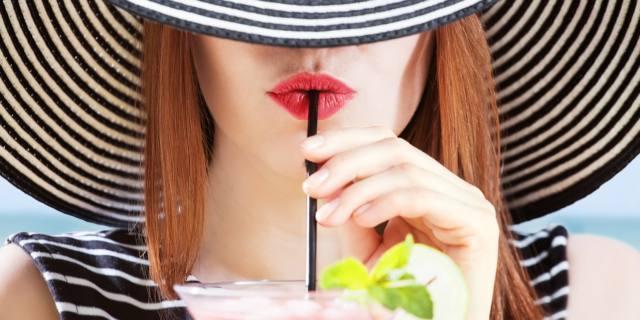 Concepimento: troppo alcol riduce la fertilità femminile
