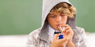 Giovani fumatori in aumento, e non solo di tabacco!