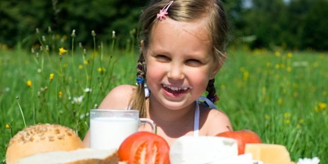 Latte e formaggi nei bambini: rischio obesità?