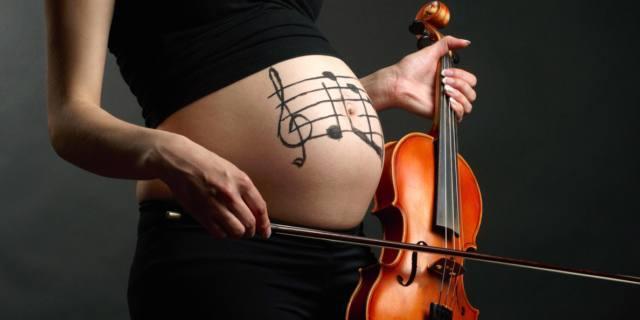 Musica in gravidanza: il bebè preferisce la classica