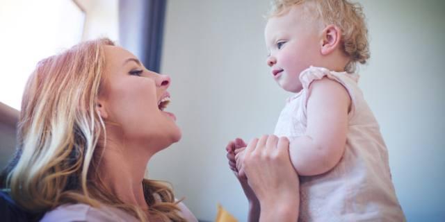 Voce delle mamme: come cambia dopo un bebè