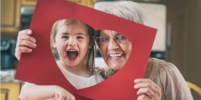 Oggi è la festa dei nonni, gli angeli custodi della famiglia