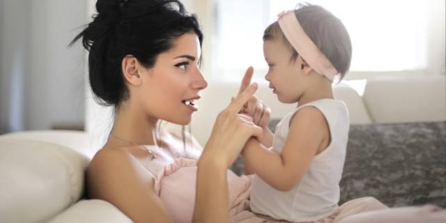 Con il baby talk parlerà prima (e meglio)