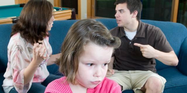 Violenza domestica sulle donne: gravi rischi anche per i bambini