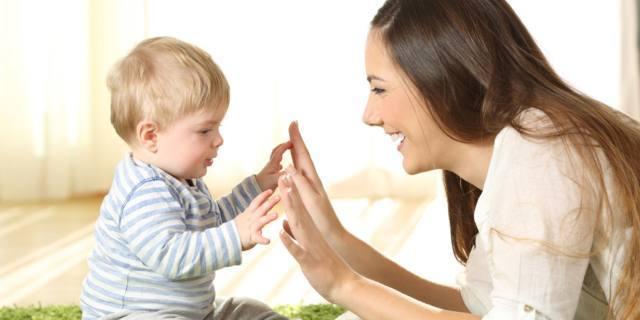 """Baby sitter: grazie al web si spende meno e la tata è """"su misura"""""""