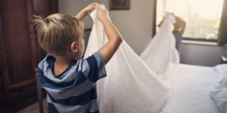 Cambiare le lenzuola: il timing giusto è ogni 7 giorni