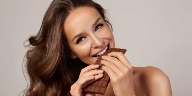 Cioccolato gianduia: pochi grammi al giorno salvano le arterie