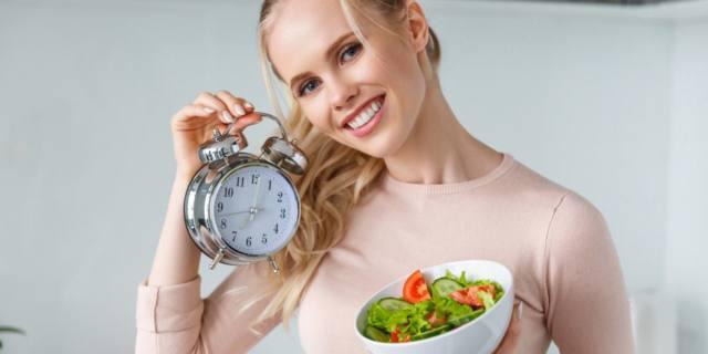 Contro le malattie metaboliche mangia a tempo