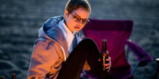 Alcol e fumo negli adolescenti invecchiano le arterie