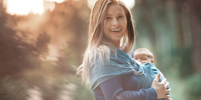 Kangatraining: come si fa la ginnastica con il bebè
